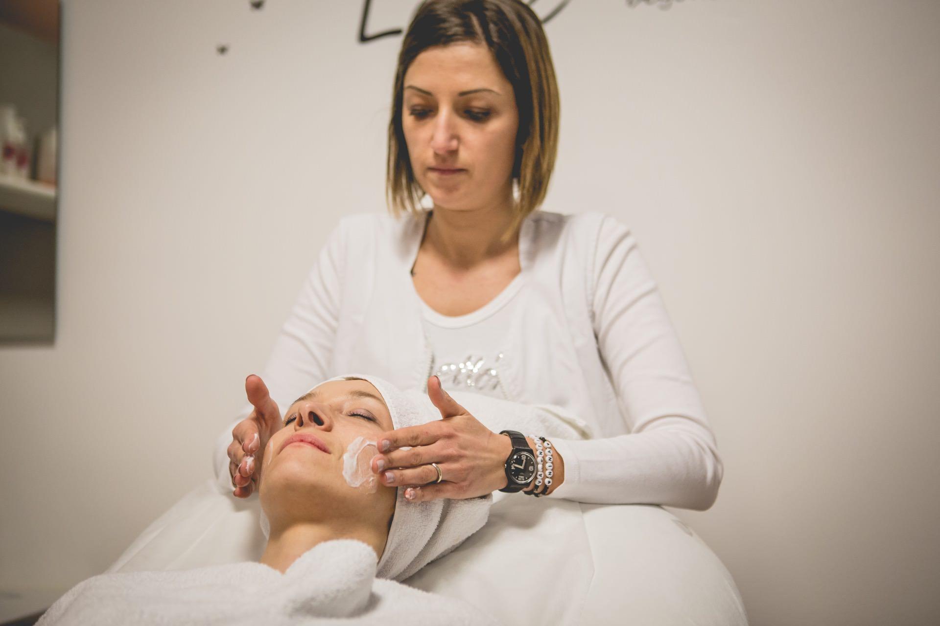 Centro Benessere Debora peeling viso
